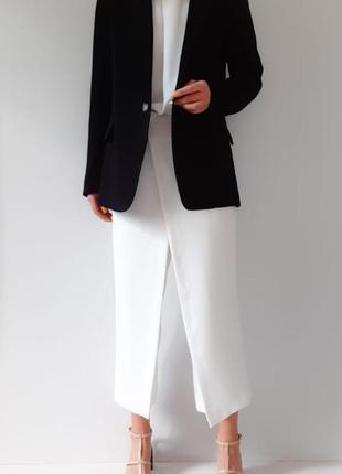 Черный блейзер стильный пиджак h&m