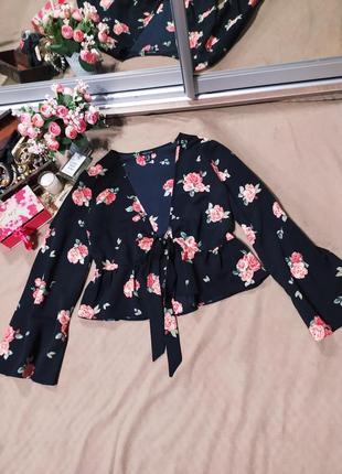 Блузка болеро в розах