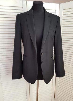 Стильный черный пиджак жакет massimo dutti