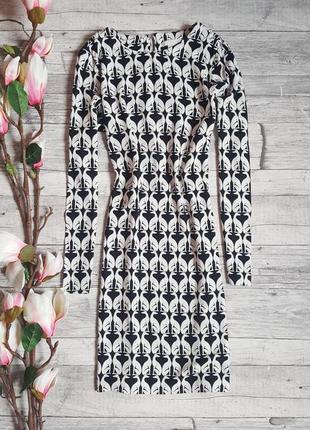 Стильное платье прямого кроя h&m