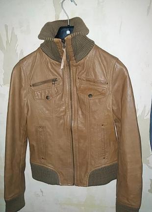 Куртка короткая кожаная