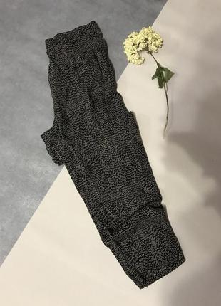Черные свободные джоггеры/брюки h&m вискоза высокая посадка