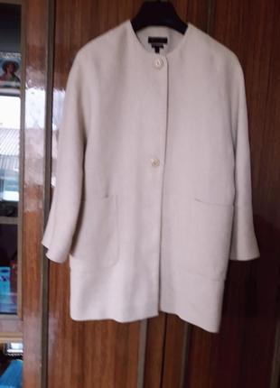 Шикарне брендове пальто,оверсайз на підкладці