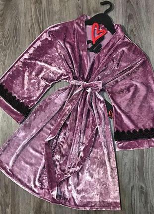 Красивый женский халат