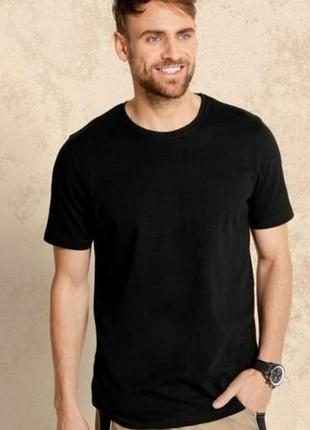 Базовая чёрная хлопковая футболка livergy xl 56 /58