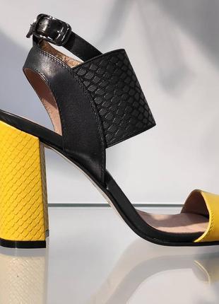 Шикарные кожаные босоножки на высоком каблуке, gama