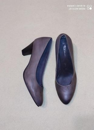 Кожаные туфли от tamaris