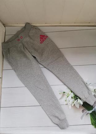 Тёплые спортивные штаны размер м-л adidas оригинал
