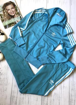 Спортивный костюм голубой adidas originale 100% оригинал