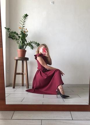 Платье миди бордовое