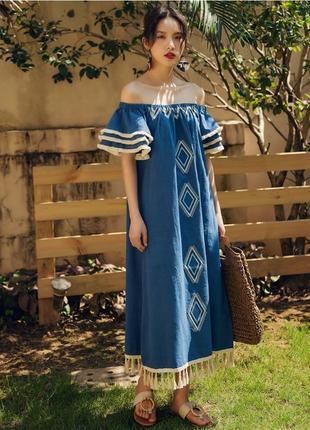 Этно-платье миди в орнамент с кисточкими и бахрамой в этническом стиле