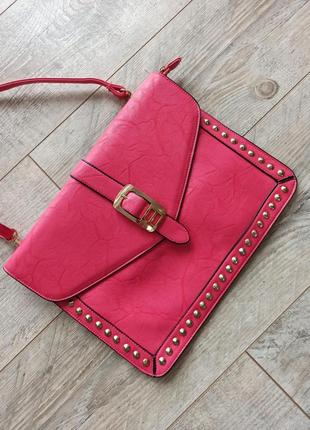 Яркий розовый клатч с заклепками большой стильная плоская сумка сумочка цвета фуксия