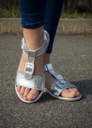 Сандалии босоножки winner boots кожаные кожа без каблука на низком ходу украина гарантия