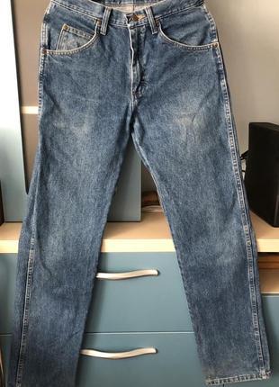 Мужские джинсы wrangler 29x32, оригинал, смотрите замеры.