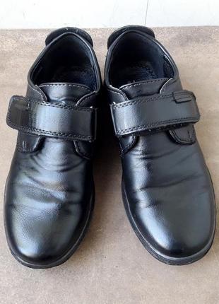 Дешево! супер туфли - 33р. стелька - 21см ( школьные  / кроссовки )
