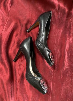 Оригинал dior новые элегантные чёрные кожаные лодочки (chanel, gucci, hermès, celine)