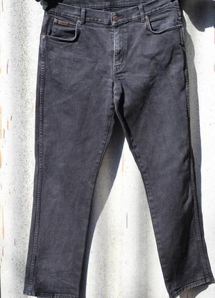 Добротные мужские джинсы оригинал wrangler
