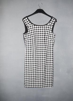 Платье футляр классическое . в клетку
