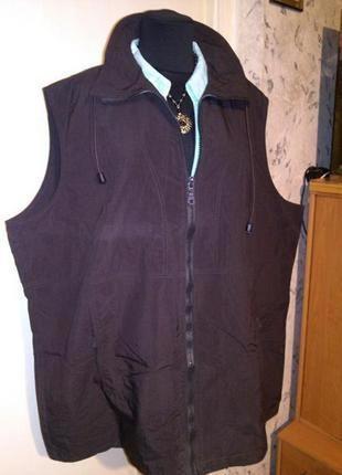 Шоколадная жилетка-дождевик-кенгурушка на молнии,с карманами,большого20-24 размера