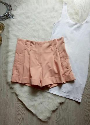 Розовые коротки секси шорты с очень высокой талией посадкой карманами складками