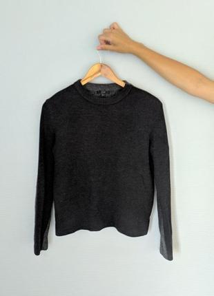 Шеостяной свитер cos