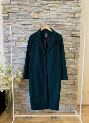 Пальто насыщенного зеленого цвета primark