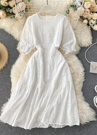 Белое платье с узором и вышивкой ришелье, длинное платье с перфорацией
