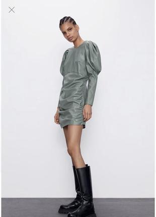 💝💝💝 zara uk англия бомбезное мини платье эко кожа / рукав фонарик