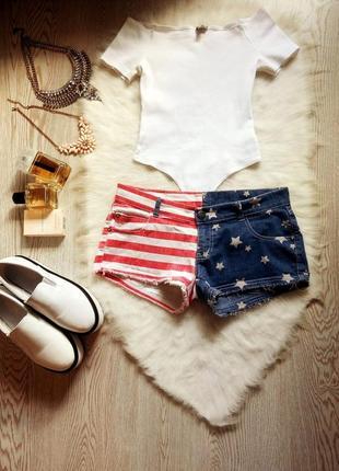 Яркие джинсовые короткие синие красные в полоску секси шорты в американский принт звезды