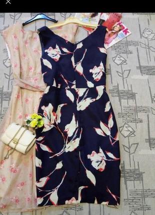 Елегантне плаття з баскою, розмір 12-14