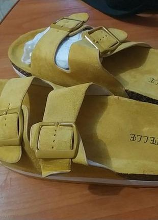 Новые пантолеты, шлепанцы, тапки