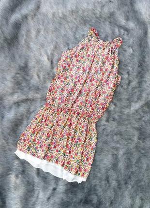 Двухслойное платье с американской проймой