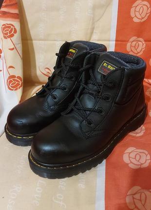 Ботинки сапоги берцы dr. martens industrial 39p черные кожаные