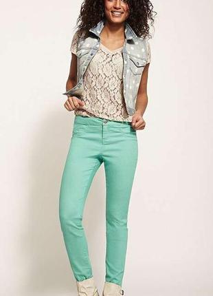 Яркие бирюзовые джинсы-скинни р.xs от tezenis