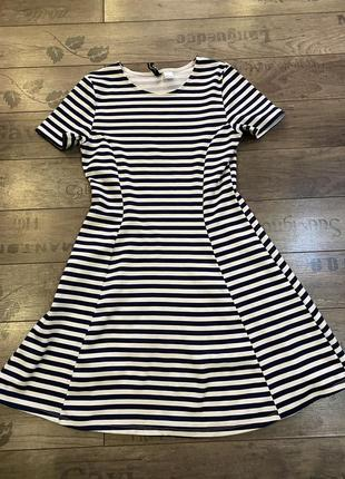 Платье короткое женское в полоску размер 34