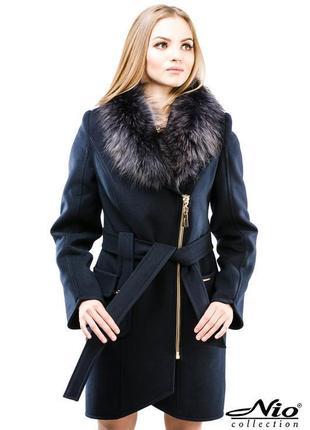 Зимнее шерстяное пальто с натуральным мехом