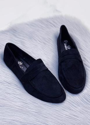 Черные туфли-мокасины