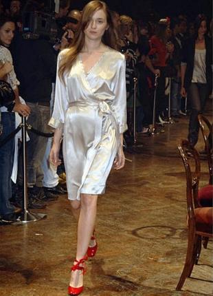 Платье шелковое на запах,в бельевом стиле,платье-халат