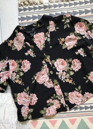 Легкая блуза в цветы стильный актуальный топ рубашка блуза с пуговицами