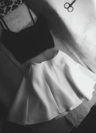 Костюм с юбкой идеальный
