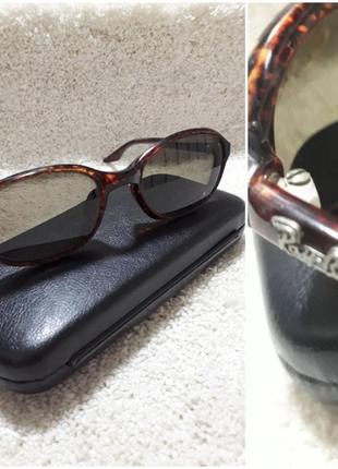 Винтажные солнцезащитные очки.