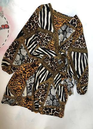 Милое платье в принт  с поясом