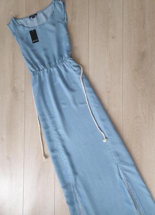 Легкое джинсовое платье в пол