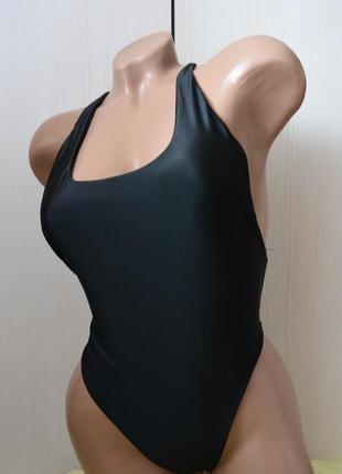 Женский слитный купальник 640