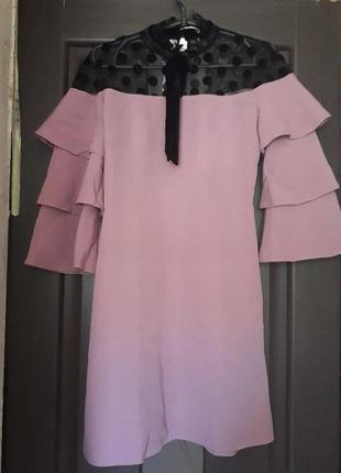Платье рукава воланы