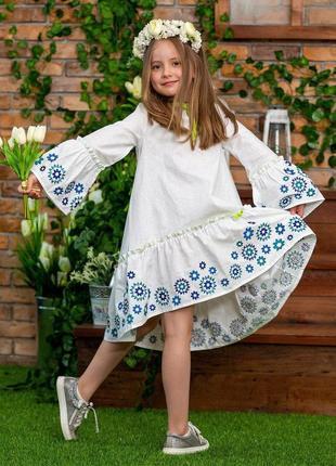 Модные платья вышиванки свободного кроя