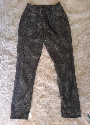 Повседневные интересные штанишки