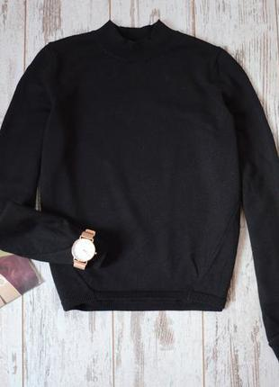 Базовый свитер дорогого бренда cos