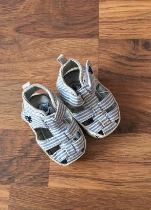 Пинетки сандали