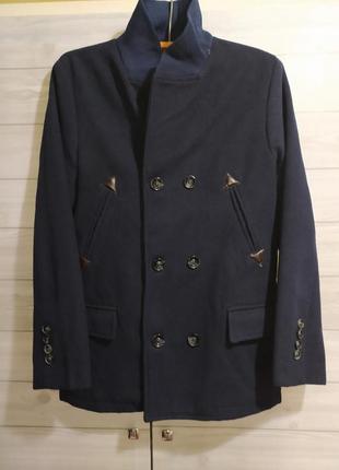 Шикарное классическое пальто на мужчину